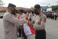 1.000 Paket Sembako Bantuan Presiden Didistribusikan ke Masyarakat Terdampak Covid-19