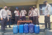 Polisi Amankan Miras dan Sajam saat Patroli Keamanan di Sumba Barat Daya
